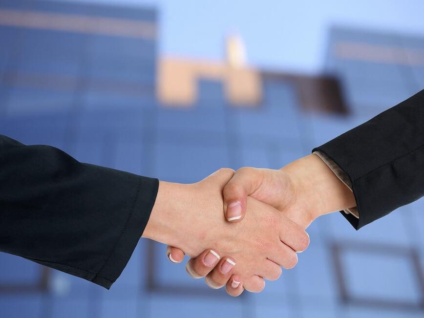 Weibliche Vorgesetzte setzen oft größeres Vertrauen in die Mitarbeitenden